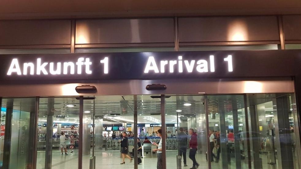 Ankunftstafel 1 Flugehafen Zürich
